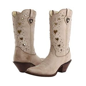 CRUSH Cream Leather Heart Detail Cowgirl Boots